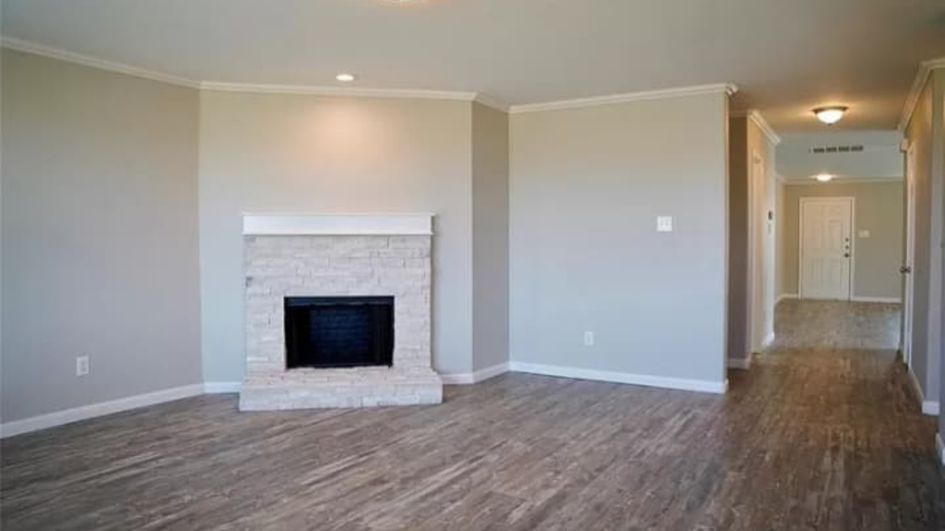 A2Z-Painting-and-Remodeling-Photos_fireplace2